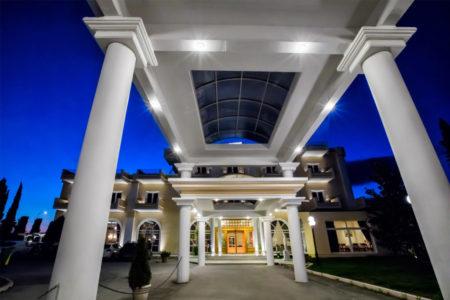 hotel-kouros-eisodos
