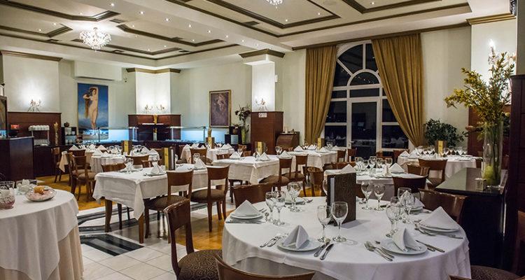 estiatorio dioni hotel kouros