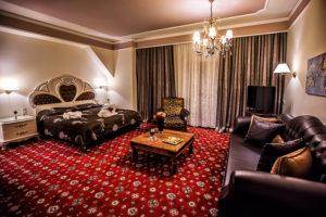 suite room esoteriki diakosmisi